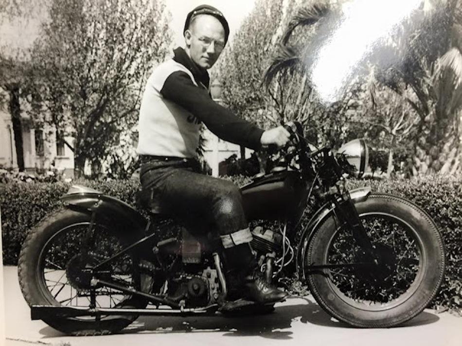 40s_motorcycle-club-03