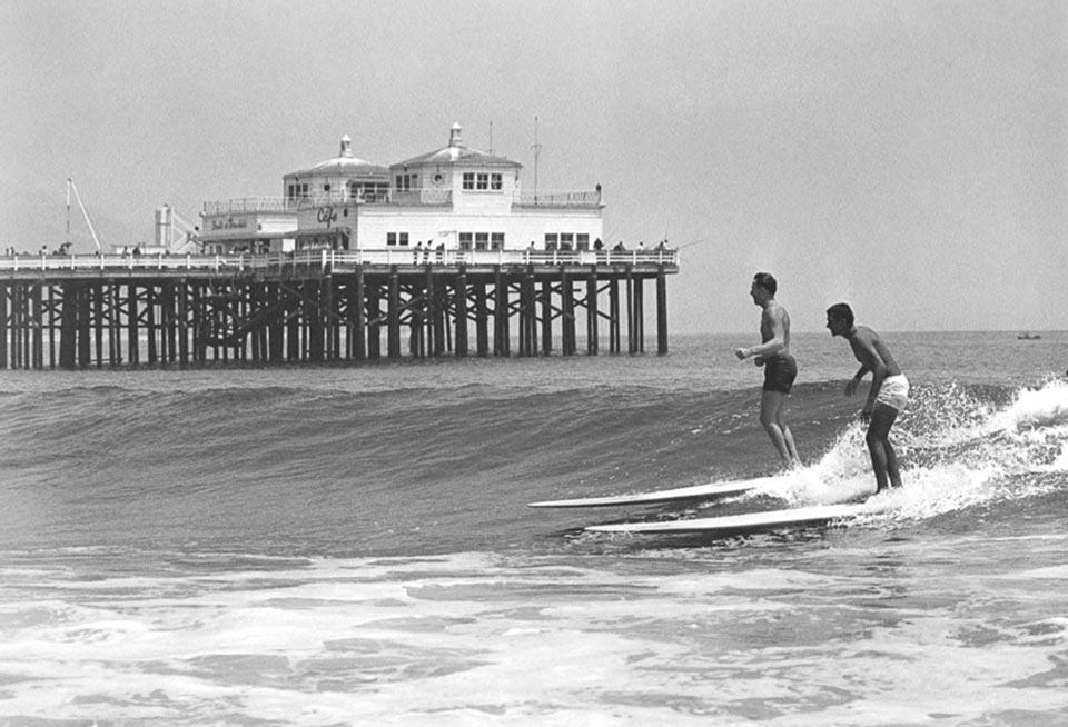 blog_culture_books_3-11_california_surfing_960_slide3